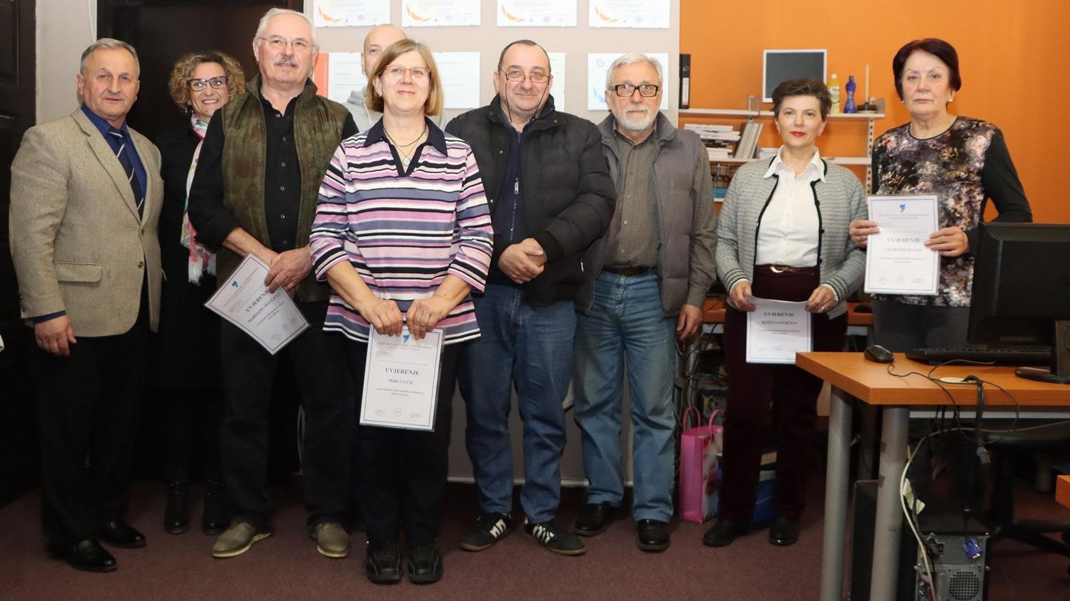Tečaj informatike za umirovljenike